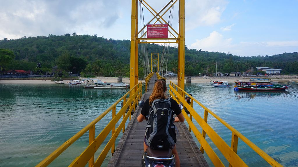 Yellow Bridge Nusa Lembongan