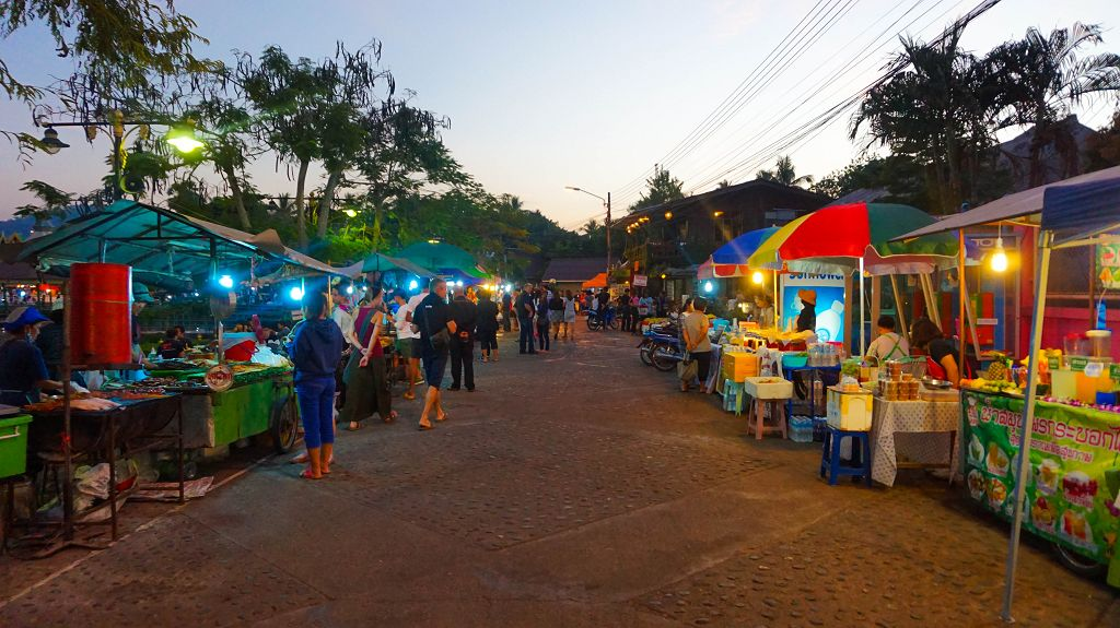 Die Mae Hong Son Walking Street