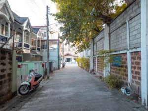 Kleine Gasse in Chiang Mai