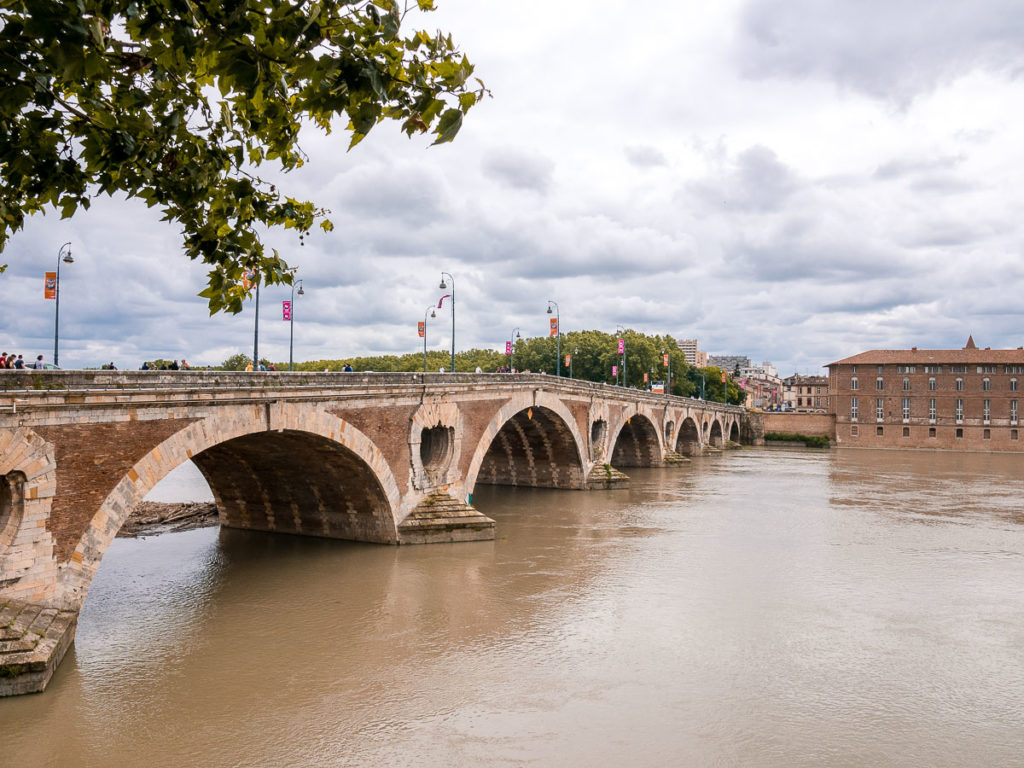 Die Brücke Pont Neuf in Toulouse