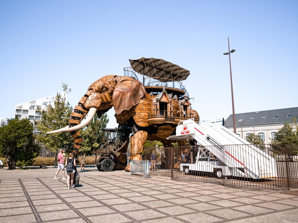 Der mechanische Le Grand éléphant in Nantes